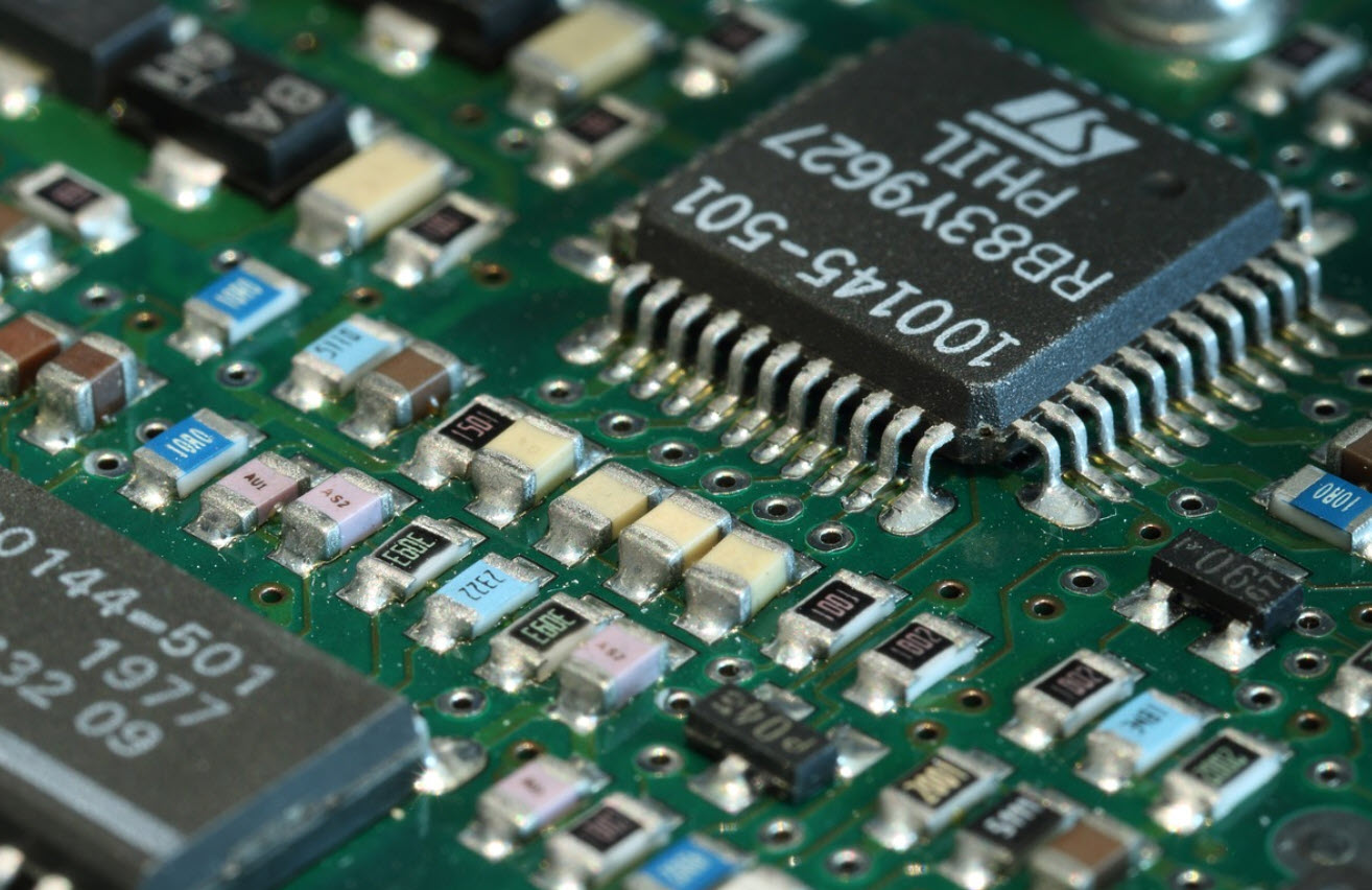 The Role of Modern Circuit Boards in Clean Energy