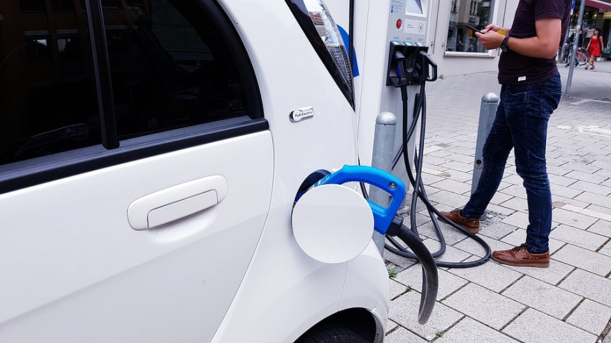 GM to make vast fast charging EV stations expansion