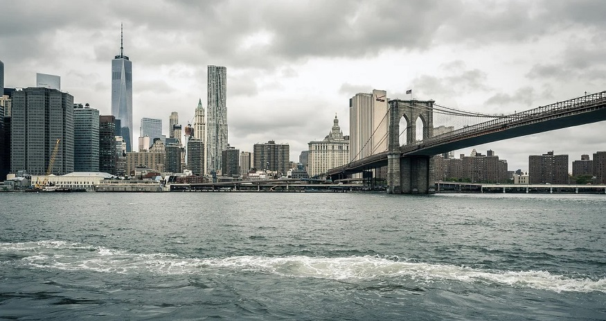 Tiny East River turbines to generate tidal power in New York