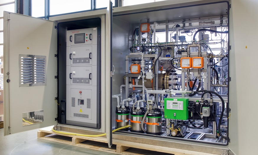Plug Power and Frames deliver 25 kW hydrogen electrolyzer to Japan