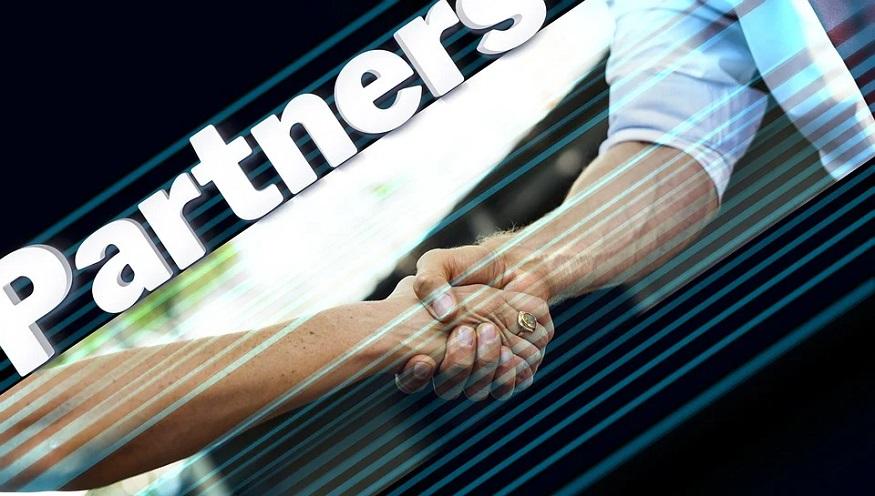 Green hydrogen project development - handshake - partnership
