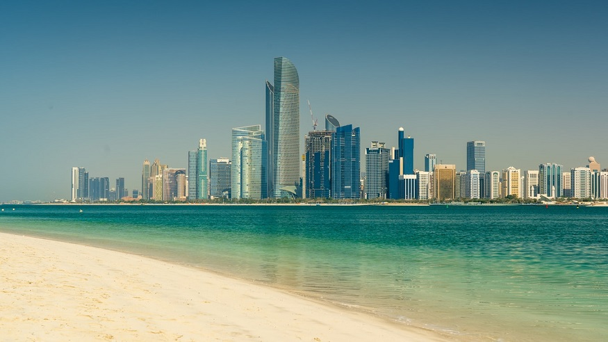 Green hydrogen export - Abu Dhabi skyline