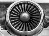 Hydrogen fuel cell propeller pods - airplane propeller - turbine