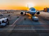 Airport hydrogen stations - Image of plane and airport