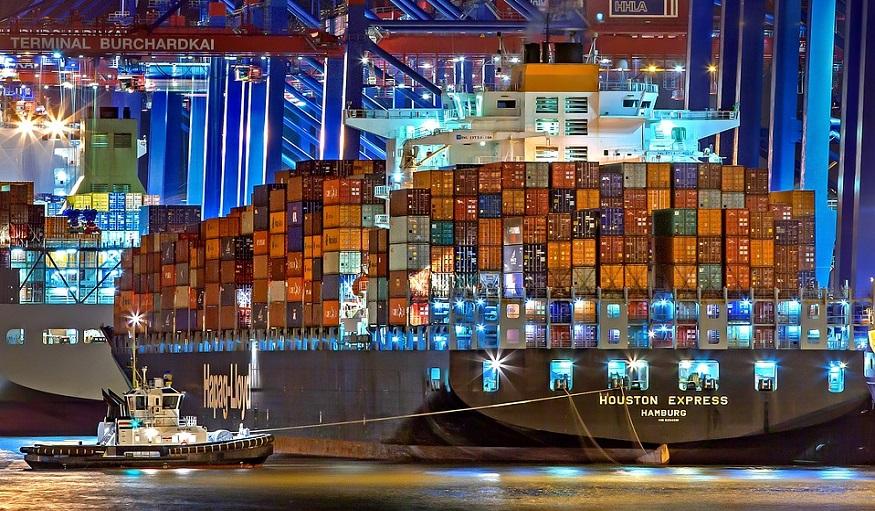 Decarbonizing maritime transport - cargo ship