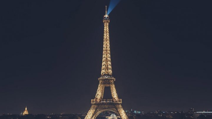 Hydrogen Lights The Eiffel Tower
