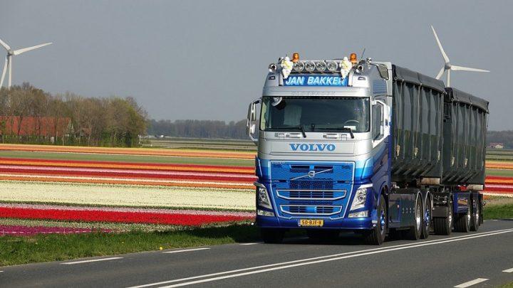 Long-haul truck fuel cells partnership forms between auto rivals