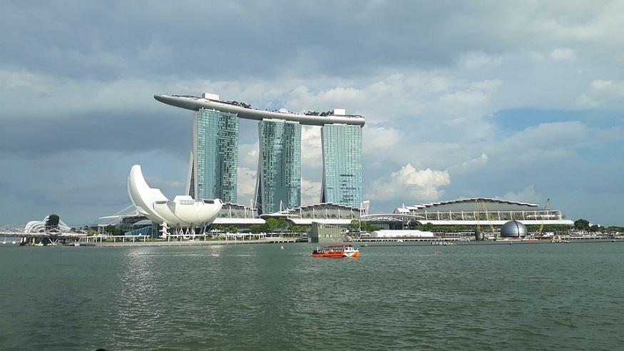 fuel cell ship - Singapore