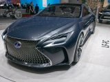 Hydrogen fuel cell vehicles - Image of Lexus LF-FC - a hydrogen fuel cell car