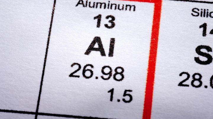 Researchers achieve hydrogen fuel generation with aluminum and water