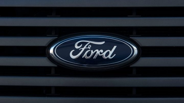 Ford pours largest investment ever into electric vehicle factory construction