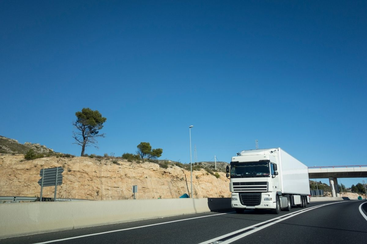 Fuel cell module - truck on road