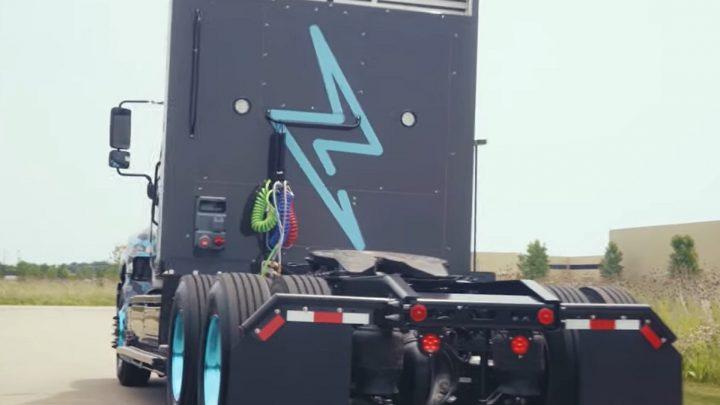 Hino Trucks unveils hydrogen fuel cell truck prototype