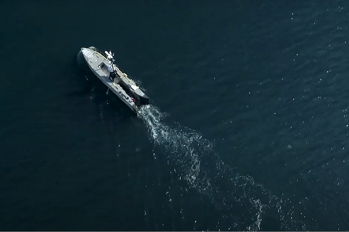 Hydrogen fuel cell - Aerial drone footage of SEA-KIT USV at sea - SEA-KIT YouTube