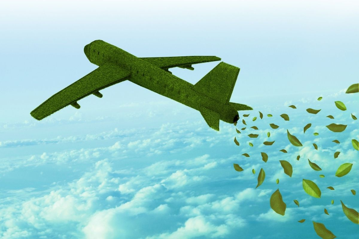 Sustainable Aviation Fuel - Green airplane