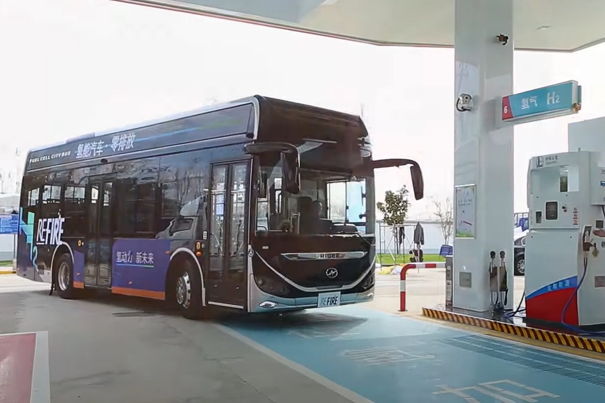 Green hydrogen transport - President of Sinopec discussed the potential of hydrogen energy - Sinopec YouTube Offical Video