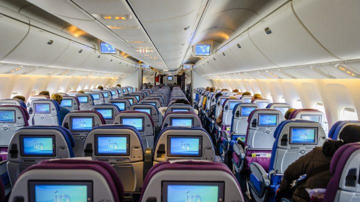 Universal Hydrogen will begin testing fuel cells in a passenger plane
